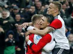 Internationals keren terug, spectaculaire comebacks Larsson en Jørgensen