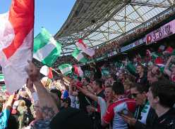 VIDEO | Feyenoordsupporters vermaken zich in Porto