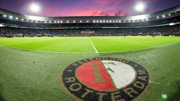 Feyenoord - Manchester City live op TV